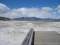 Picture of white travertine rocks in Yellowstone.jpg